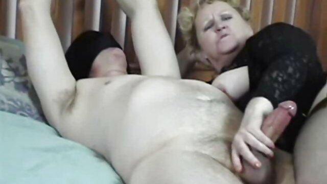 La chienne baise son anal avec vidéos de films x gratuits un gode anal noir