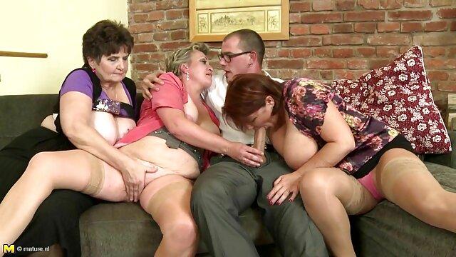 Jeunes clara morgane vidéo x bisexuels baisent avec un mec