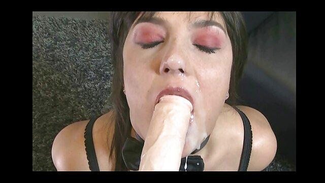 Une brune mature fait beaucoup de bruit après video film porno gratuit une baise anale