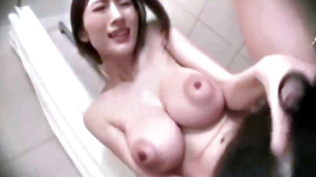 Jeune étudiante video porno francai double pénétration dans le cul