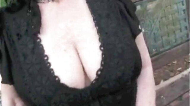 Baisée en film porno gratuit en vidéo brune anale et remplie de sperme