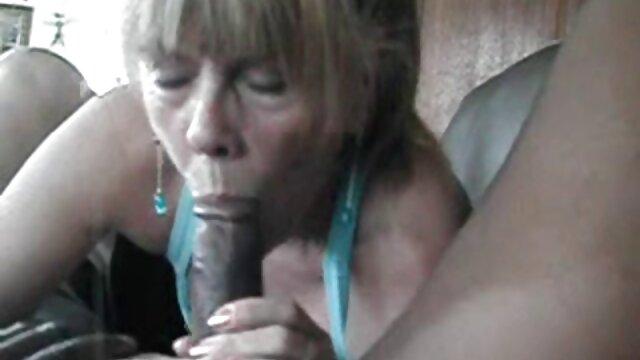 Une chienne en video porno extrait gratuit bas baise avec un jeune homme