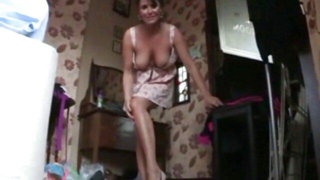 Pipe de gorge video x femme black avec Nastya, juste un frisson